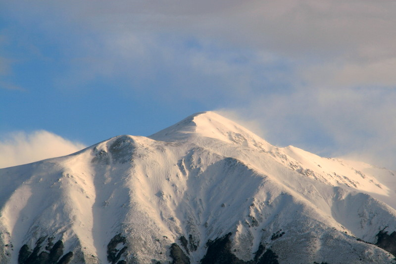Mountain Peak Spindrift.jpg